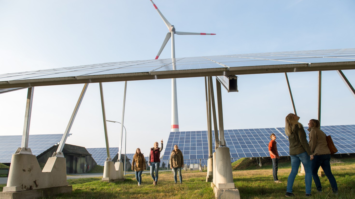 Which policies drive renewable energy development in Europe? PHOTO: German youth visiting a renewable energy park in Saerberg. Credit: Bente Stachowske, Greenpeace.