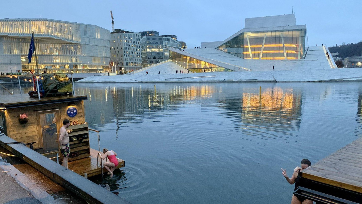 Oslo city centre in Mid-December: Temperatures above freezing and no snow in sight. Photo by Iselin Rønningsbakk / CICERO.