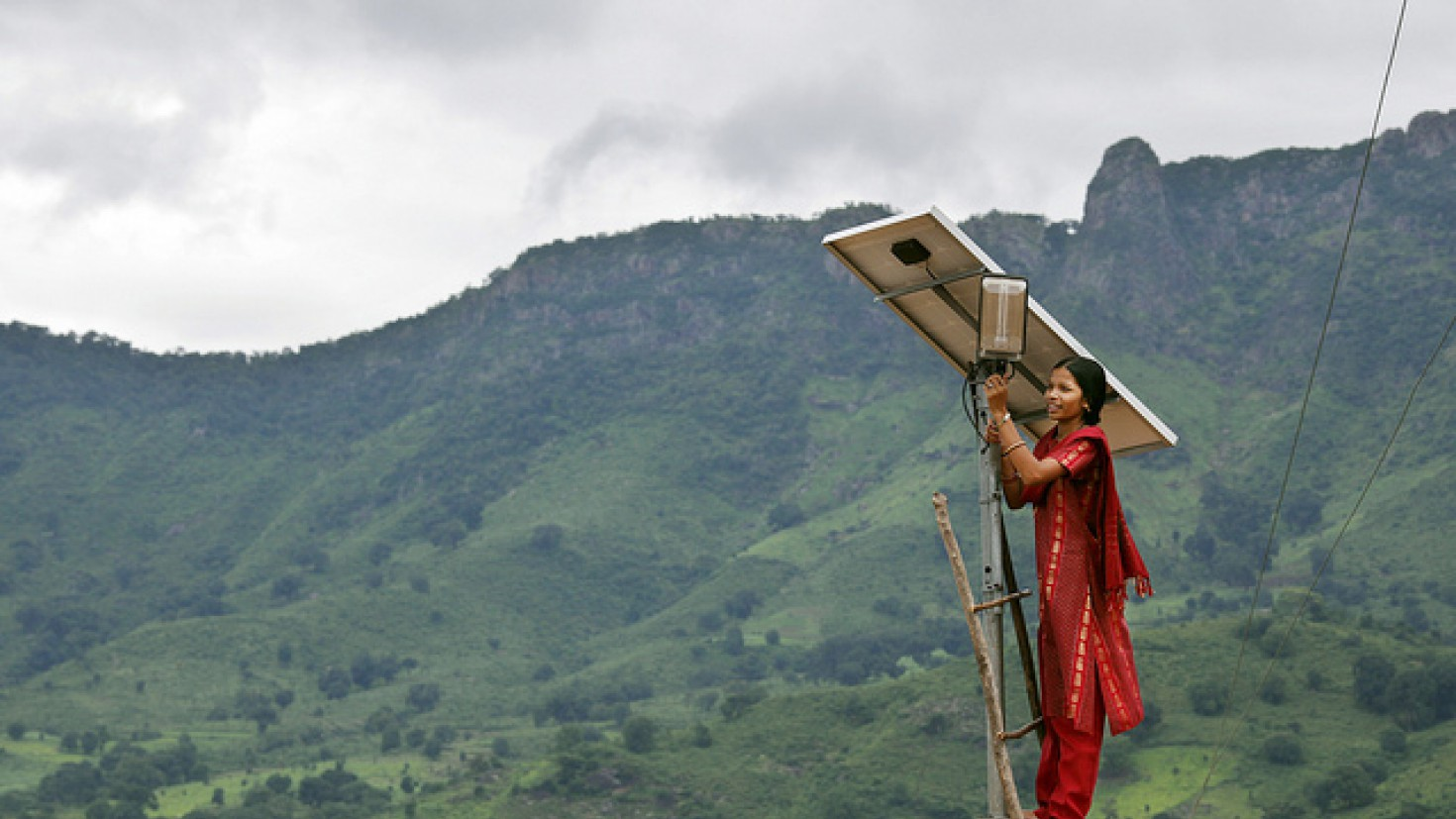 the expert network on second opinions sits on climate knowledge from across the world. Photo: SOLAR energy project in India byUK Department for International Development